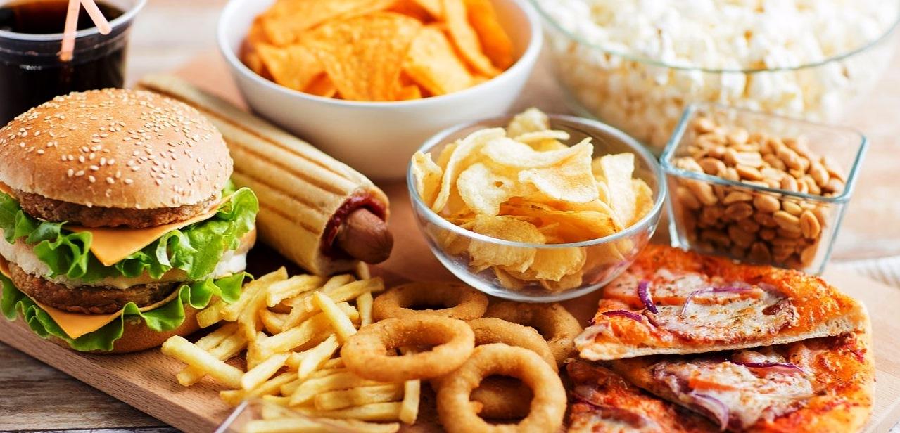5 Jenis Makanan Pemicu Perut Buncit yang Harus Dihindari