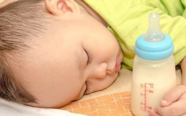 Ketahui Tanda Tanda Bayi Anda Alergi Susu Sapi dan Cara Mencegahnya